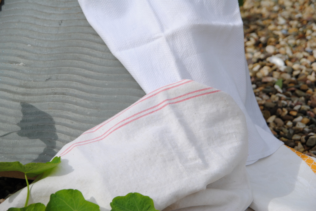 Waschbrett mit Leinentücher