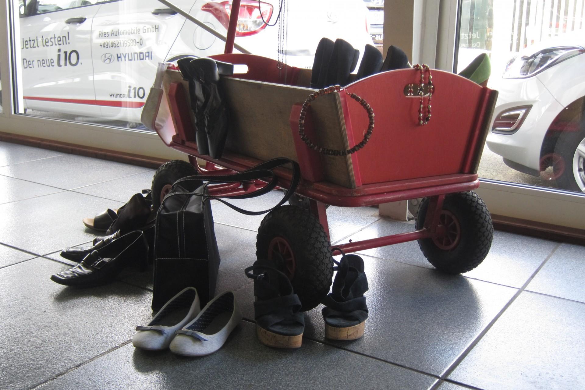 Schmuck und Schuhe