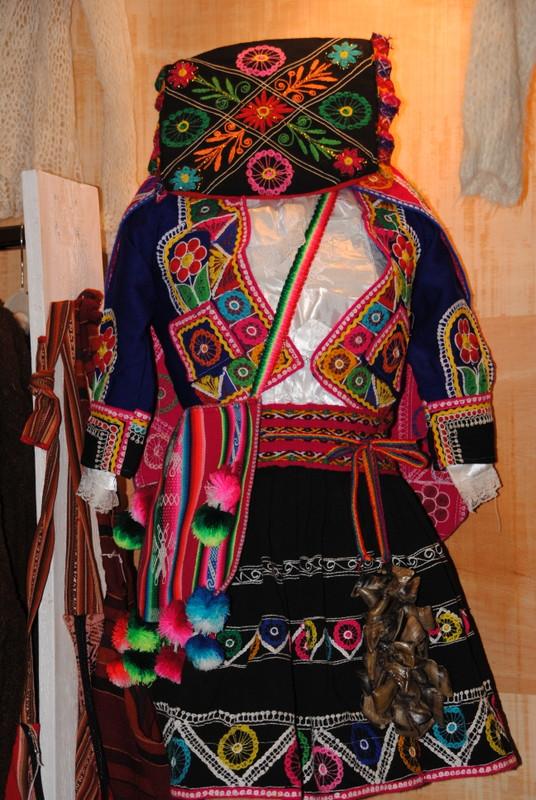 Frauenkleidung