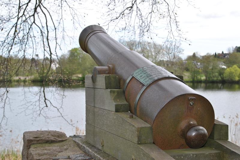 Kanonendenkmal am Busdorfer Teich