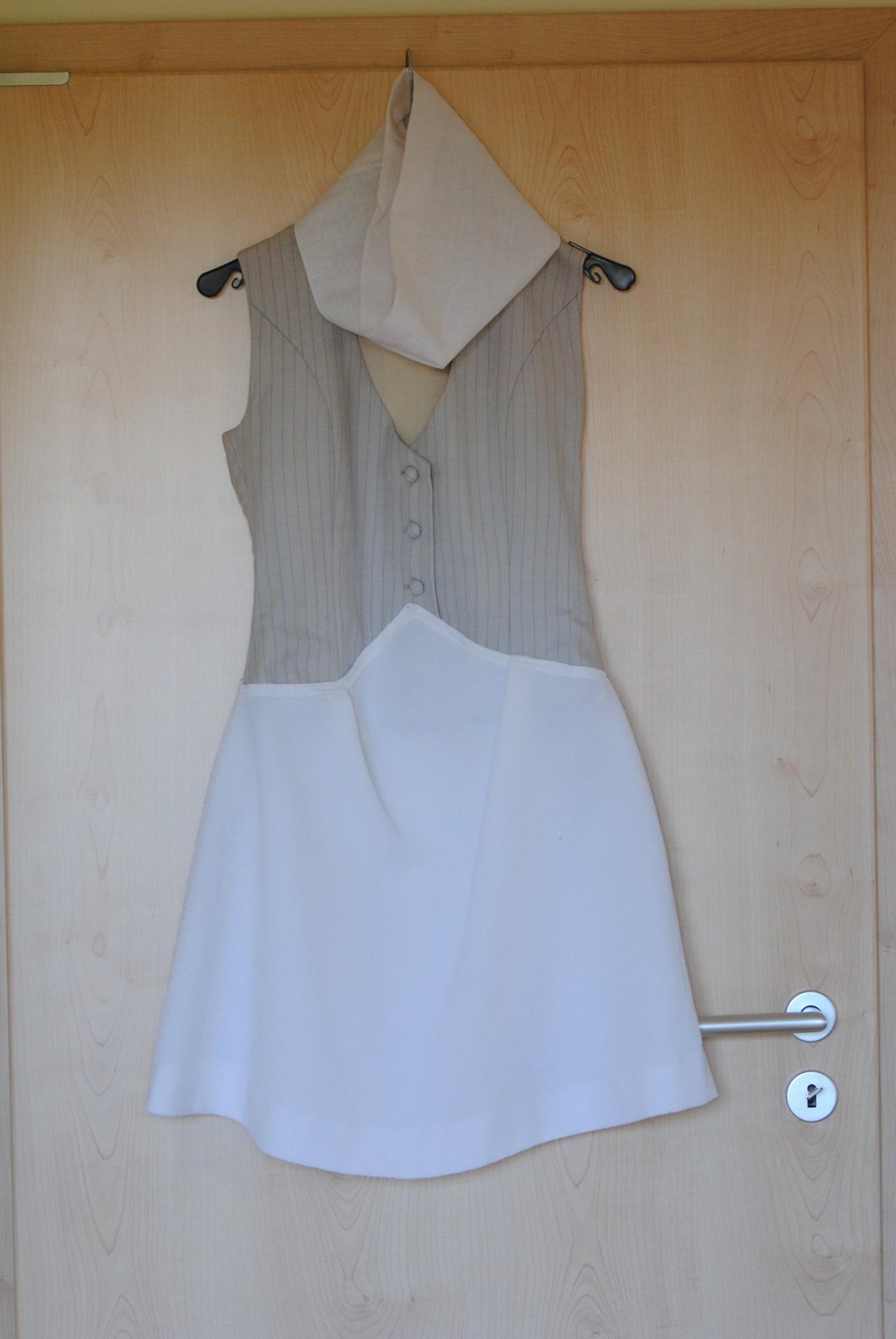 Weitere Kleider