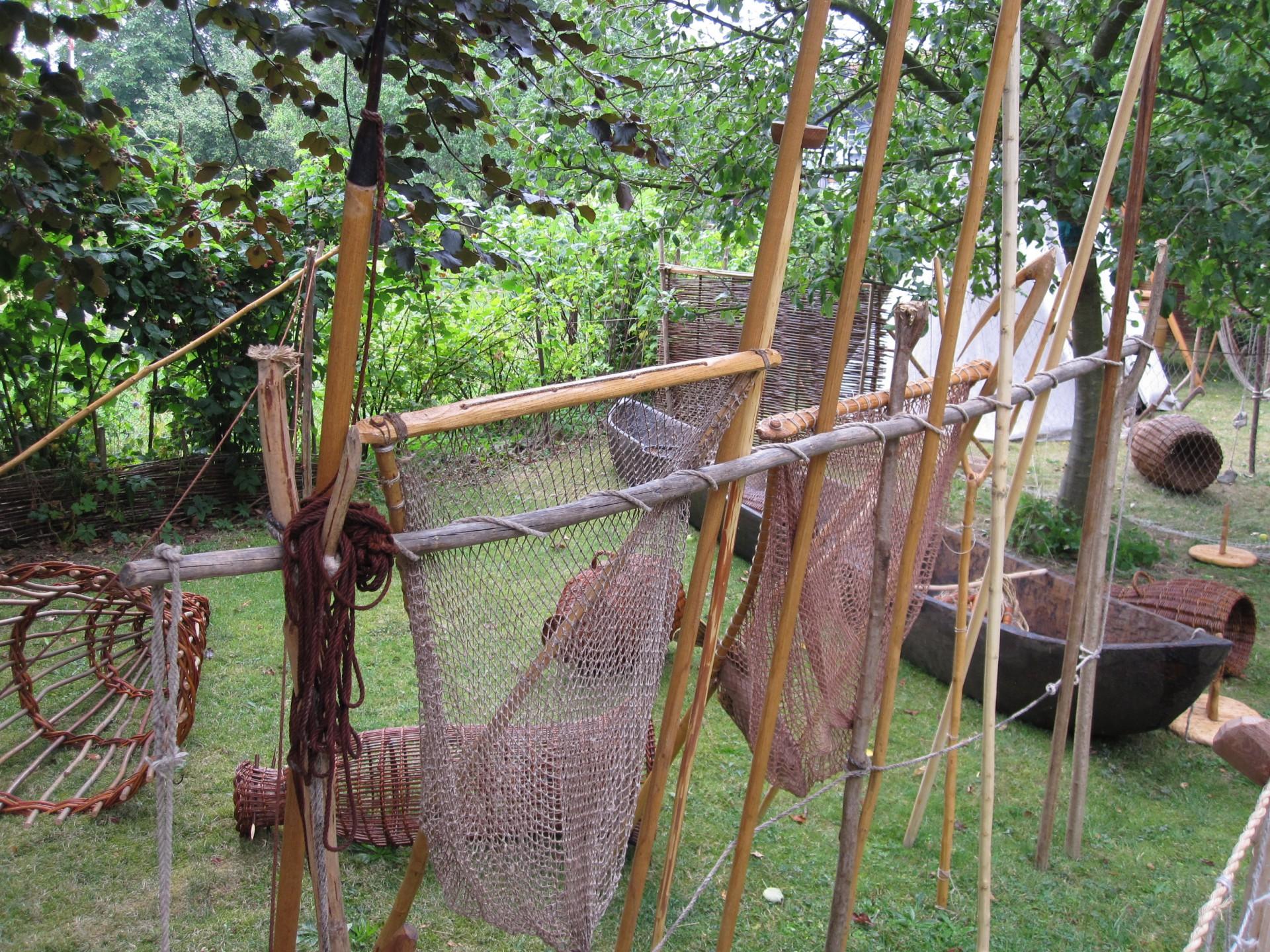 Fischernetze beim Fischer Nadler, Nacharbeiten
