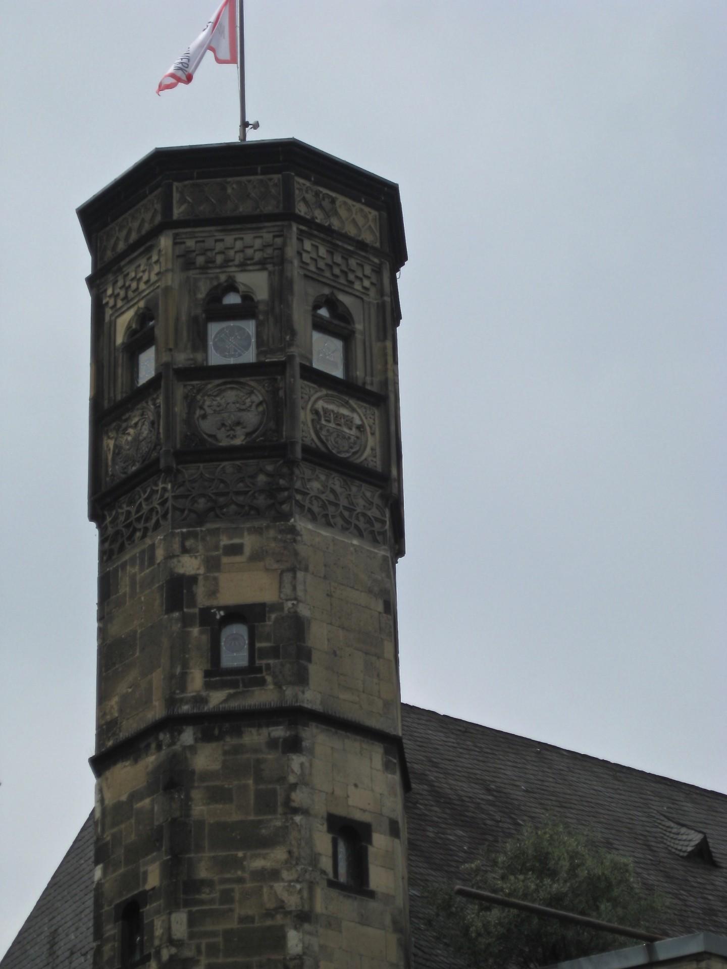 Türme sind viele in Köln, habe ich den vom vom Zeughaus fotografiert?